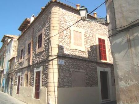 Majorca property for sale Arta with 4 bedrooms and roof terrace