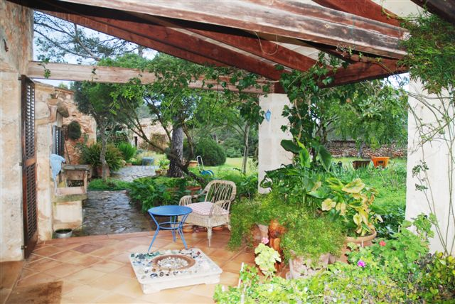 Reduced finca for sale in tranquil location in Algaida, Mallorca