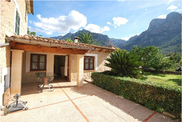Fully renovated Country house for sale  in Soller, Mallorca