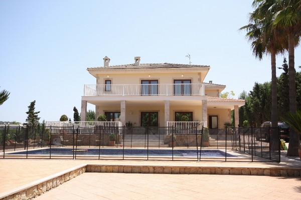 Luxury villa for sale in Santa Ponsa, Mallorca