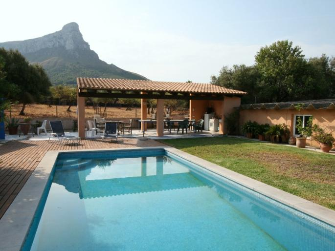 House for sale in SEstanyol, Mallorca with sea views