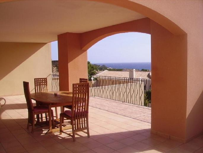 Stunning sea view apartment for sale in Font de sa Cala, Mallorca