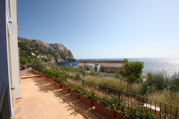 Three bedroom apartment with breathtaking views in Puerto Andratx, Mallorca