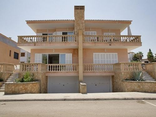 Semi detached house for sale in Colonia de Sant Pere, Mallorca