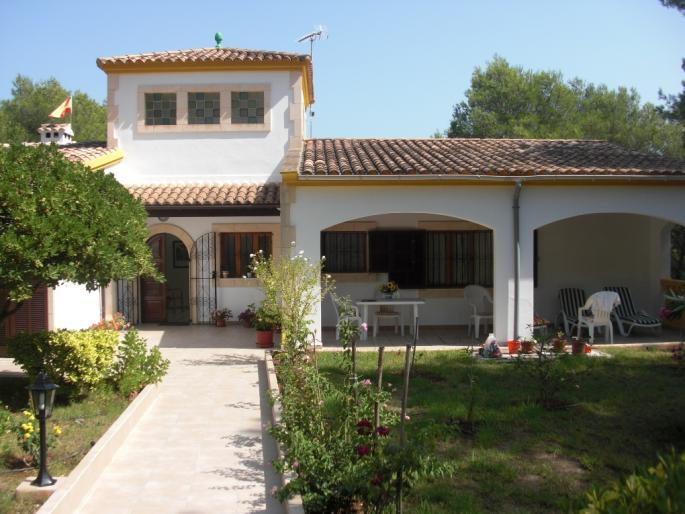 Stunning summer house for sale in Costa de Canyamel, Mallorca