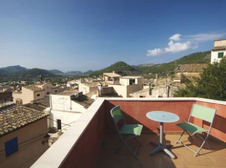 Refurbished Townhouse for sale in Andratx, Mallorca