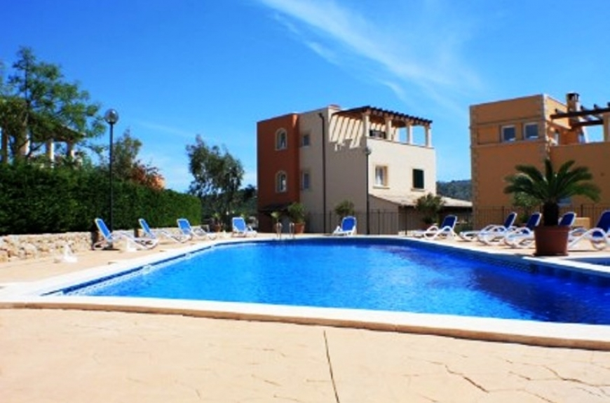 Semi detached townhouse for sale in Camp de Mar, Mallorca