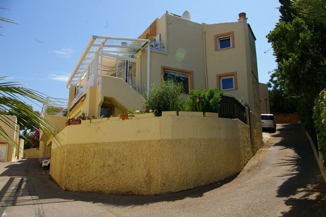 Sea view Townhouse for sale in Cas Catala with  large basement suitable for conversion