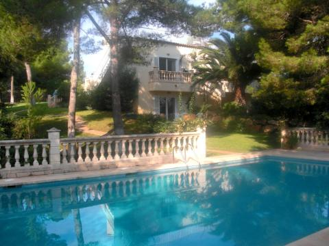 Home for sale Close to the beach in Cala Ratjada, Mallorca
