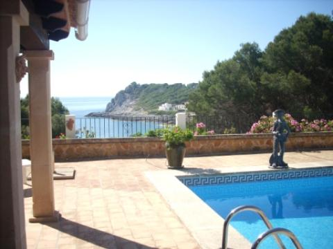 Villa for sale with sea views in Font de sa Cala, Mallorca