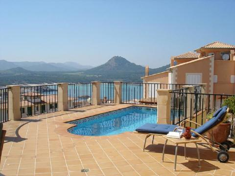 Villa for sale with sea views in Cala Ratjada, Mallorca