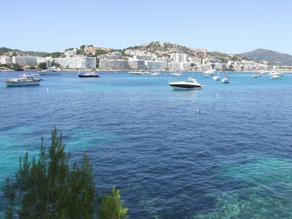 Rare waterfront property for sale in Santa Ponsa with mooring