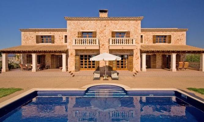 Mallorca mansions for sale over 2 million euros luxury houses for Mansion estates for sale