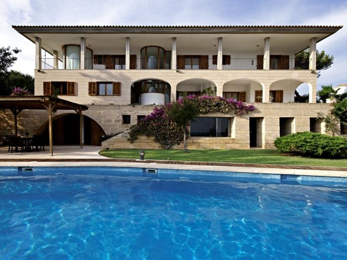 Mansions for Sale in Spain (Mallorca)
