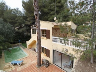 €450,000Costa de la CalmaCharming 5 bedroom chalet property in peaceful countryside setting …