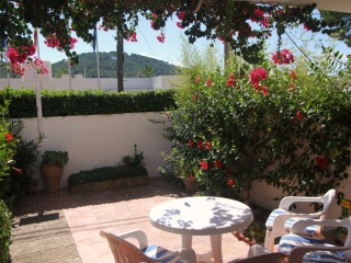 €295,000Puerto AndratxGround floor apartment in central location close to the Marina. Excellent investment opportunity…