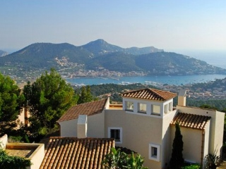 €2,900,000Monport4 bedroom Mediterranean villa with great views of Puerto Andratx…
