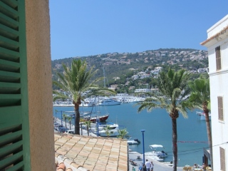 €750,000Puerto AndratxFormer hotel in the centre of Puerto Andratx Mallorca. Business or investment opportunity…