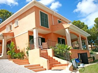 Villas under €750,000Santa PonsaView our selection of affordable Villas, Fincas & Quintas…
